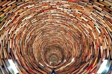 book-wormhole-3